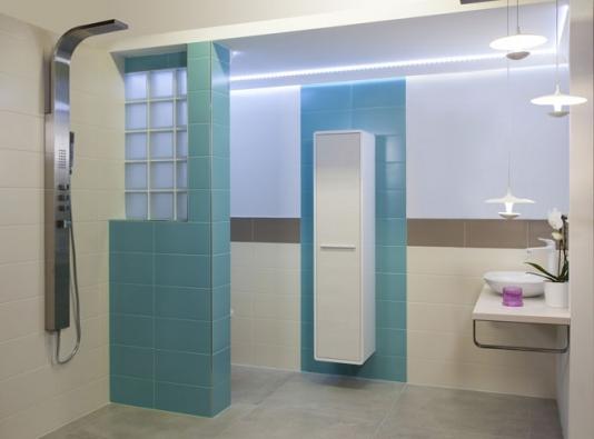 Krásný design a tradiční učení Feng Shui se nevylučují. Koupelna podle principů Feng Shui vůbec neznamená, že se musíte zříci krásného, moderního designu - naopak! (SIKO)