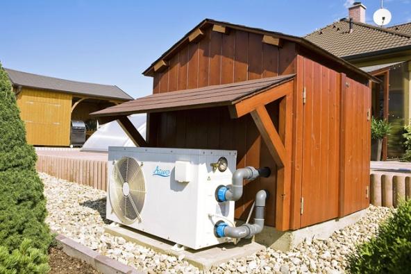Nezbytnou součástí bazénové relaxace jsou tepelná čerpadla pro ohřev bazénové vody, která zajistí správnou teplotu vody ivdobách méně slunečných (MOUNTFIELD)