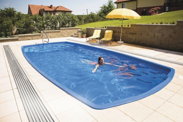 Sklolaminátové bazény Calypso jsou elegantní, pevné atvarově propracované. Právě použití sklolaminátu zaručuje tu nejvyšší odolnost adlouhou životnost (MOUNTFIELD)