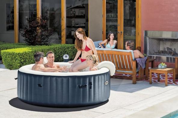 Nadzemní bazény mají své výhody. Je to především snadná arychlá montáž acenová dostupnost. Většinou jsou dodávány spískovou nebo kartušovou filtrací adoplňky (HORNBACH)