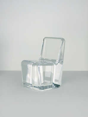 Naoto Fukusawa - Acrylic Chair (Foto: Andreas Sutterlin)