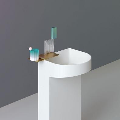 Španělská designérka Patricia Urquiola na veletrhu představila svou novou kolekci Sonar.