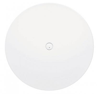 Sprchový talíř ze smaltované oceli Piatto (Kaldewei) upoutává pozornost svým velkým průměrem (150cm) a 6cm vysokým okrajem. Budí dojem, jako by levitoval nad zemí.  Cena 96163Kč (www.koupelny-ptacek.cz)