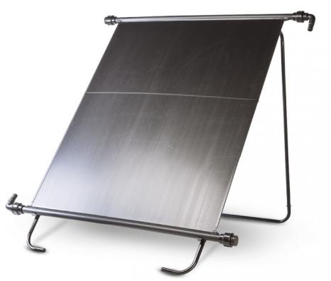 Absorbér pro solární ohřev bazénové vody, výrobce: Mountfield, cena: 2290Kč . Solární ohřev oploše 1,8 m2 (1,2 x 1,5m) je vhodný zejména pro všechny bazény  spískovou filtrací aobjemem do15 m3.  Zvýší teplotu vody až  o6 °C.