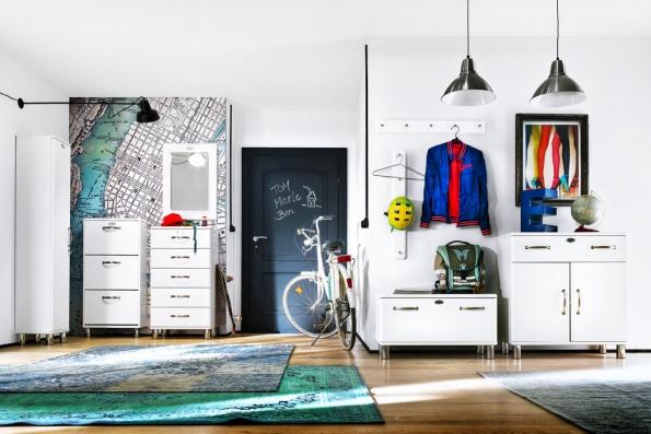 Sestava Malibu, dřevotřískové laminované desky vkombinaci skovovými detaily inspirovanými retro stylem, www.jena-nabytek.cz