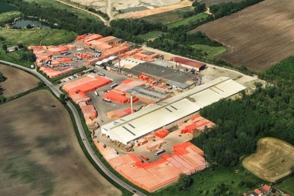 Výrobní cihlářský závod v Hevlíně (HELUZ)