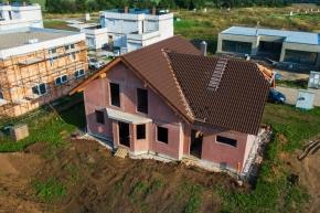 Dům jedním tahem: Pokládka střešní krytiny