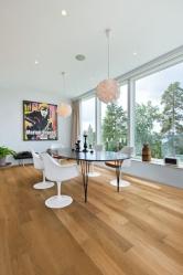 Dřevěná podlaha Karelia, kolekce Libra, dekor Dub Natur 2S, prodává KPP (www.kpp.cz)
