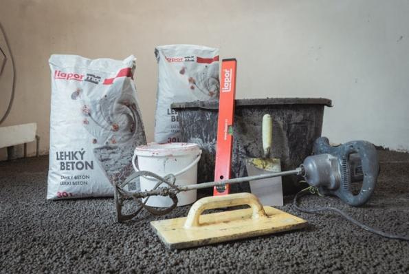 Potřeby pro realizaci podlahy z lehkého betonu (Foto: LIAPOR)