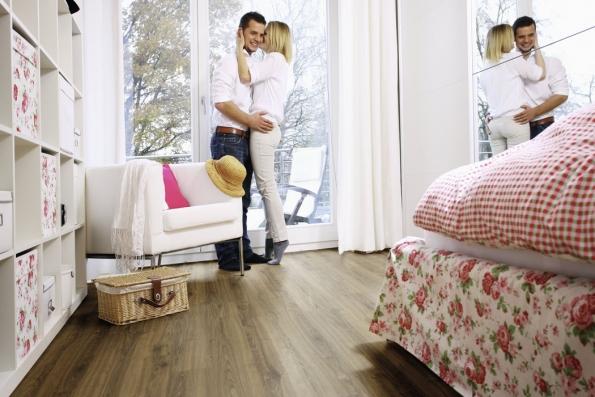 Ekologická elastická podlaha Wineo PURLINE, kolekce Wood, dekor Dacota Oak (Zdroj: KPP.cz)