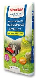Regenerační trávníková směs 3v1 je určena k rychlé obnově trávníků po vertikutaci nebo po terénních úpravách. Obsahuje optimální směs osiva, přírodního zeolitu a organického hnojiva. (Foto: Mountfield)