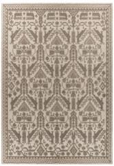 Mariantonia Urru se inspiruje kulturou a přírodou Sardinie. Používá motivy šalvěje, máty, slunečnic či variace na tradiční vzory (koberec Pretziada Illusion)