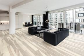 Dřevěná podlaha Kährs, kolekce Lux, dekor Jasan Flow (Zdroj: KPP)