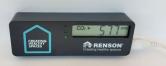 Malý stolní měřák od firmy RENSON pro snadné měření hodnoty kvality vzduchu ve vnitřním prostředí. Měřák zobrazuje aktuální hodnotu CO2 pomocí barevné LED signalizace: Zelená – hodnota CO2 je pod 800 ppm, žlutá pro hodnotu CO2 v rozmezí 800-1200ppm a červená pro hodnotu CO2 nad 1200ppm.