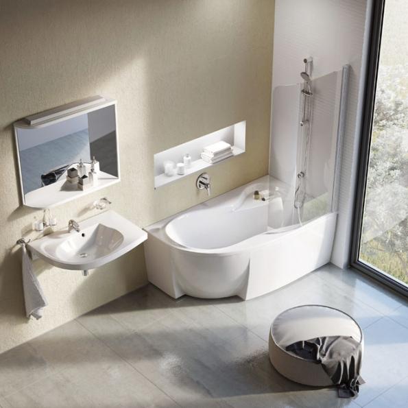 Koupelnový koncept Rosa zn. Ravak obsahuje novou vanu Rosa 95, jako stvořenou pro všechny typy koupelen. Díky atypickému tvaru asprchové zástěně umožňuje jak pohodlné koupání, tak iplnohodnotné sprchování. Šířka 95cm, délka 150 nebo 160cm (ravak.cz)
