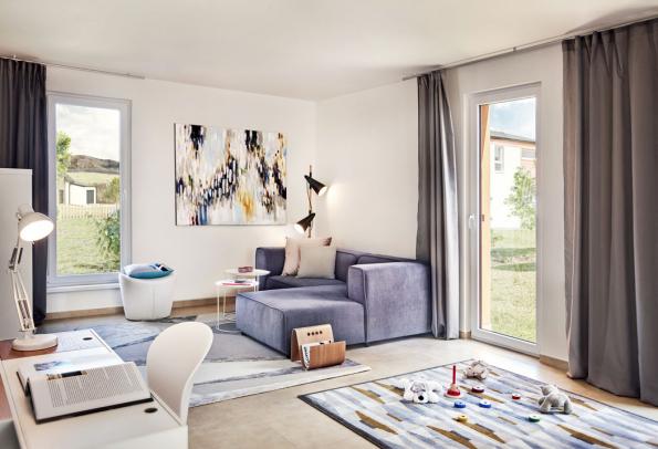 Díky francouzským oknům je vcelém domě hodně světla ainteriér působí vzdušně aprostorně (Zdroj: CANABA)