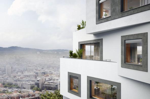 Možnost mikroventilace je standardní součástí většiny moderních oken, ale mnoho odborníků považuje tento způsob větrání zazcela nevhodný. Vývoj okenních systémů se totiž ubírá cestou rekuperace.