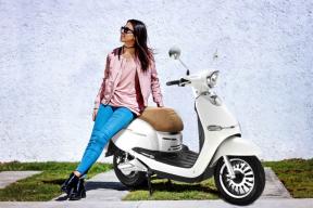 Novinku letošního léta, akumulátorový skútr HECHT CITIS, si můžete vybrat v modré lesklé, bílé lesklé nebo stříbrné matné metalíze. Je designován vdokonalém retro stylu.