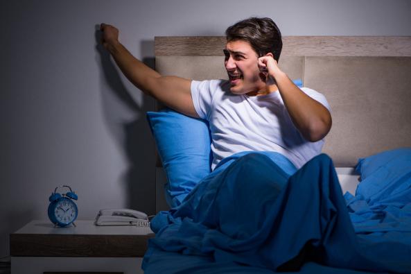 Mezi jednotlivými typy příček jsou z akustického hlediska zcela zásadní rozdíly, které si však často uvědomujeme až ve chvíli, kdy jsme v koupelně či obývacím pokoji nuceni poslouchat své sousedy