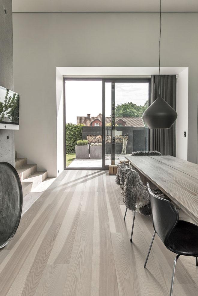 Dřevěná podlaha Kährs, kolekce Lux, dekor Jasan Stream (Zdroj: KPP)