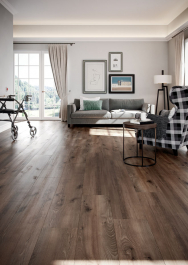 Ekologická podlaha Wineo PURLINE 1500, kolekce Wood XL, dekor Dub Village Brown (Zdroj: KPP)