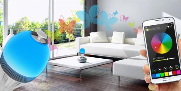 AromaLIGHT™ Color je chytrá úsporná LED žárovka sintegrovaným difuzérem naesenciální oleje. Ovládá se pomocí smartphonu nebo tabletu aaplikace SmartControl (AUDIOPRO)