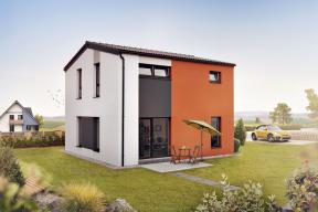 Jednoduchý nadčasový tvar a nevelká zastavěná plocha umožňují bez problémů umístit dům prakticky na jakýkoliv pozemek. Také orientace ke světovým stranám je velmi variabilní. (Zdroj: CANABA)