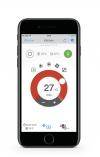 Ukázka displejů zmobilní aplikace systému Daikin Online Controller natelefonu iPhone 7. Modrý kruh znázorňuje režim chlazení, červený vytápění, takže klimatizaci využijete celý rok (DAIKIN)