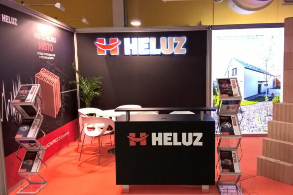 Společnost HELUZ opět představí svůj kompletní stavební systém na tradiční mezinárodní výstavě Infotherma, která je věnovaná vytápění, úsporám energií a smysluplnému využívání obnovitelných zdrojů a uskuteční se ve dnech 21.–24. ledna na výstavišti Černá louka v Ostravě. (Zdroj: HELUZ)