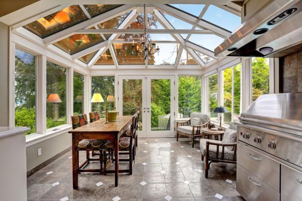 Nejčastěji projektovaným tvarem je střecha pultová, nabízejí se však ijiné možnosti.