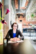 Ann Petersmansová, která provedla výzkum sledující vliv designu interiéru na subjektivní pocity štěstí.