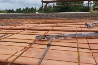 HELUZ MIAKO, Zhotovení stropu, Sít na podložky (Zdroj HELUZ)