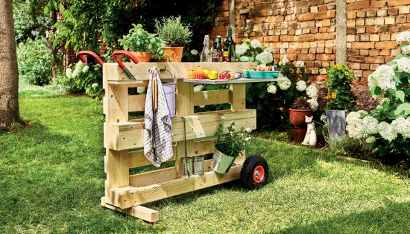 BUILDIFY zahradní stolek (Zdroj: Hornbach)