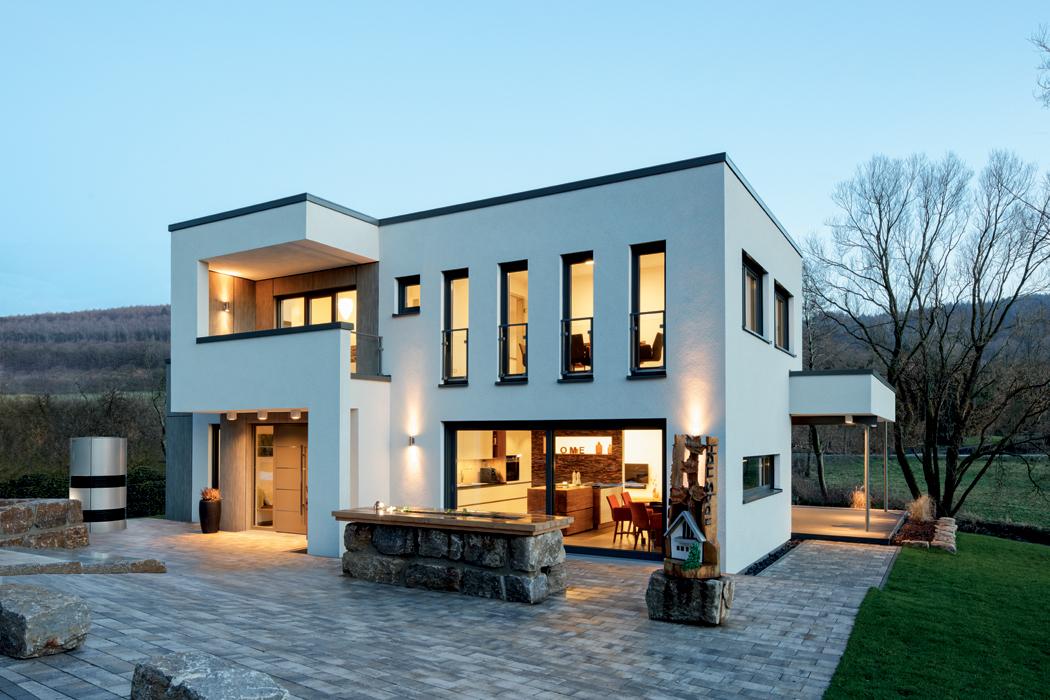 Plastový systém Schüco LivIngSlide nabízí jeden design pro okna i dveře