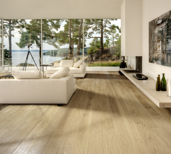 Dřevěná podlaha KÄHRS, kolekce Classic nouveau, dekor dub nouveau white (Zdroj: KPP)