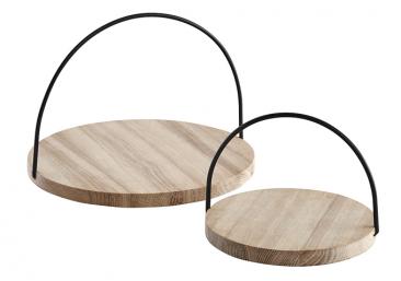 3.Servírovací podnos Loop (Woud), design Julie Tolvanen, masivní neupravený dub/kov, Ø 21,5 avýška 15cm, Ø 32,5 avýška 22cm, cena od1290Kč, www.d1one.cz