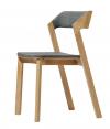 6.Židle Merano (Ton), design Alex Gufler, konstrukce zmasivního dřeva, čalouněná a nečalouněná verze, cena od8570Kč, www.ton.eu