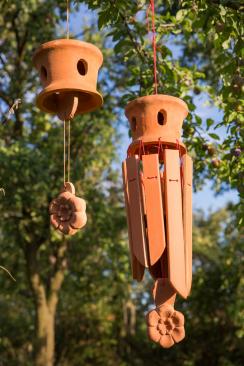 Keramický zvonek a keramochimes (Zdroj: Wienerberger)