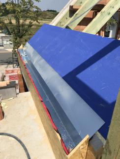 Dům bez kvalitní střechy nemůže splnit nároky kladené na moderní výstavbu. (Zdroj: Wienerberger)