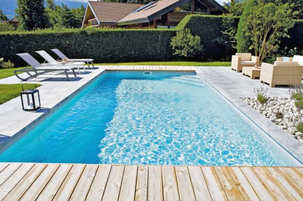 Správně zvolená filtrace je základem křišťálové vody vbazénu (DESJOYAUX)