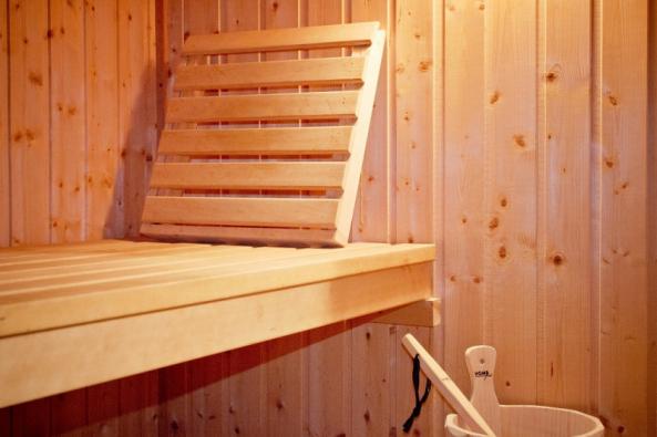 Saunování se můžete oddávat i vpohodlí domova nebo na chalupě. Stačí, když si pořídíte infrasaunu. (Zdroj: Marimex)