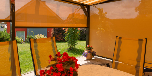 Screeny vás ochrání před větrem, deštěm, poletujícími nečistotami i otravným hmyzem. (Zdroj: Minirol)