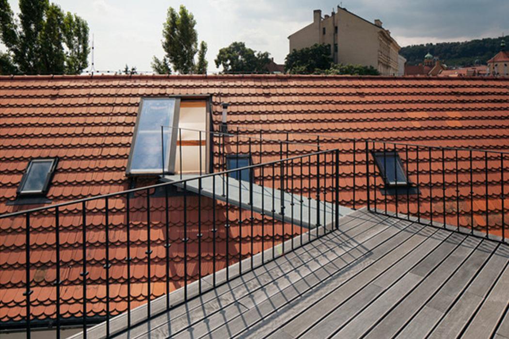 Celoskleněné střešní dveře Solara jsou pohodlné a dobře izolují