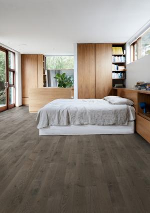 Dřevěné krytiny kolekce Kährs Canvas, dekor Dub Carbon (Zdroj: KPP)