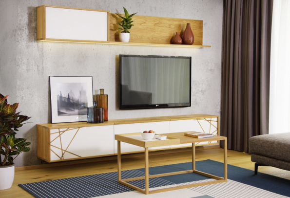 Koncept se základnou v neutrálních odstínech dovoluje pohrát si s barvou na dekoracích.