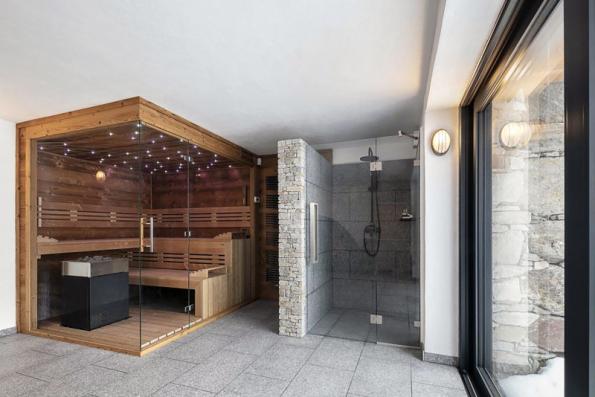 Nabídka saun firmy Dyntar čítá mnoho osvědčených modelů pro domácí wellness. Výhodou je i zakázková výroba na míru, která plně vyhoví vašim prostorovým možnostem (DYNTAR)