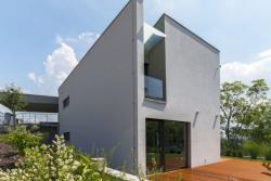D18 - Chytrý dům na kraji města