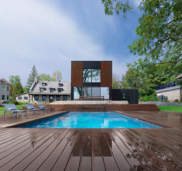 Projekt Bord-du-Lac House se stal útočištěm pro tři generace.