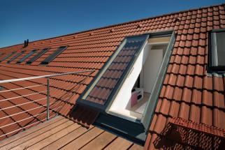 POSUVNÉ STŘEŠNÍ DVEŘE Solara (Zdroj: Solara)