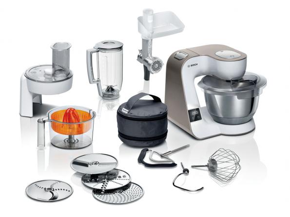 Užijte si přípravu jídla pro rodinu i přátele a těžkou práci nechte na robotovi MUM5 sintegrovanou váhou. (Zdroj: Bosch)